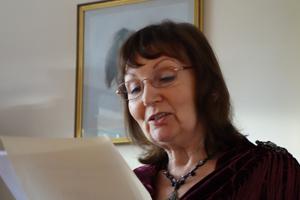 Yvonne Quenet300