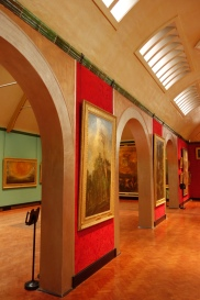 5-Inside the gallery