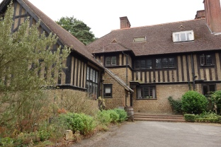 7-The west wing of Limnerslease house