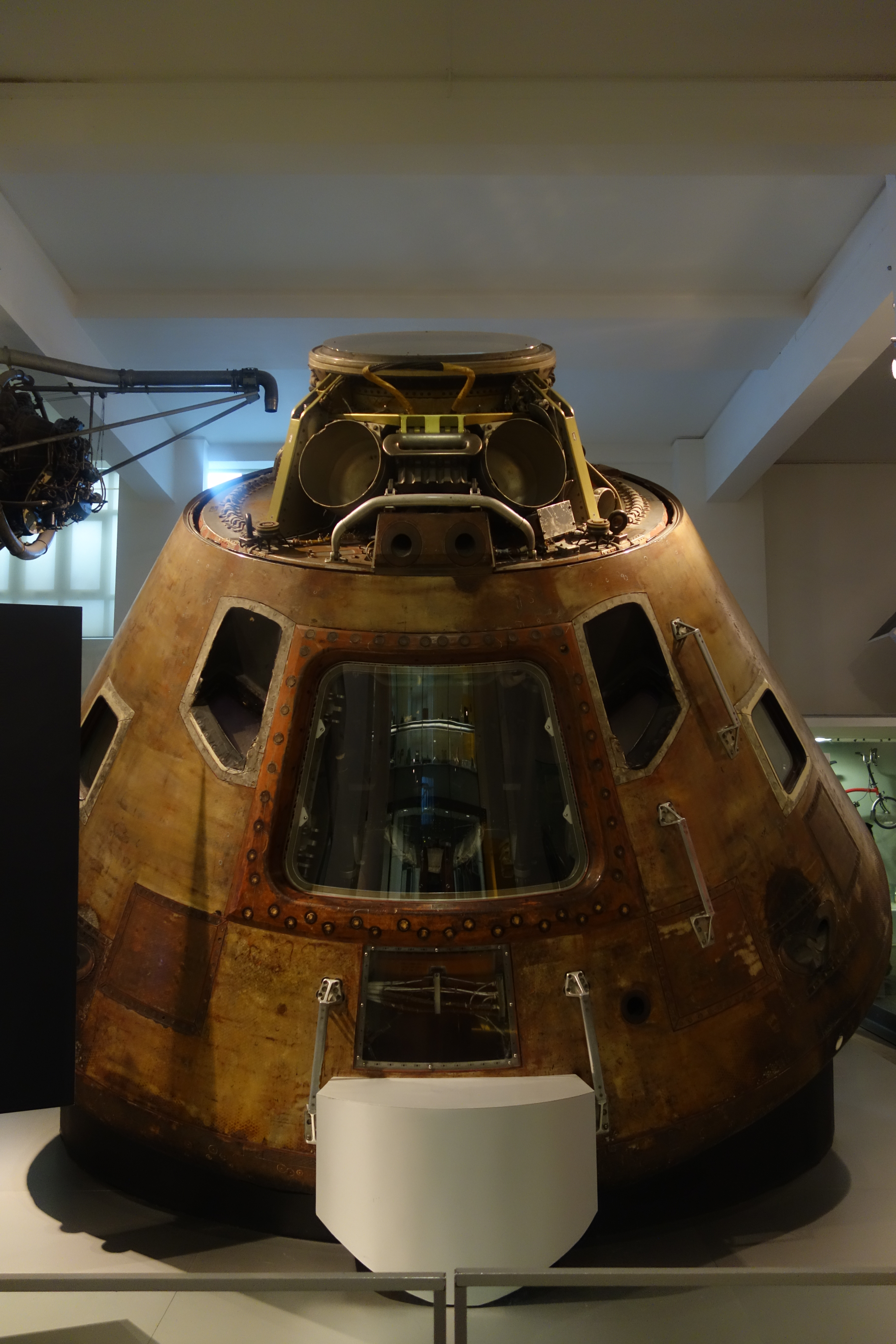 Apollo 10 Command Module | Lightwater