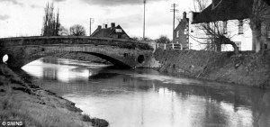 River Parrett at Burrowbridge in 1960s