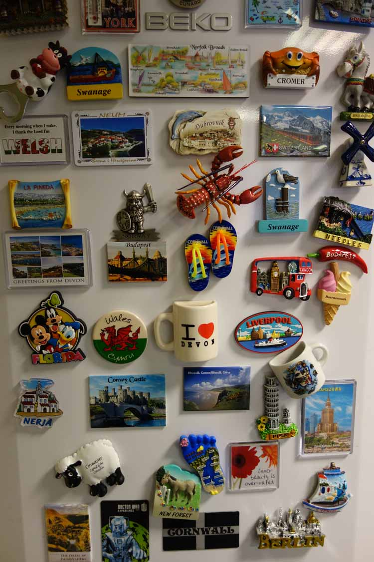 fridge magnets the modern alternative to holiday post cards lightwater