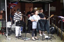 2-Gill Barnes-Riding introduces The High-s Mod Band