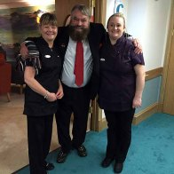7-Brian Blessed and Lakeview staff