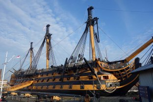 2-HMS Victory
