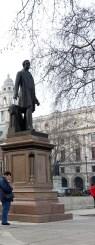 5-Peel_statue_Parliament_Square