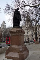 6-Beaconsfield_statue_Parliament_Square