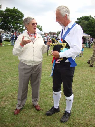 11-Chatting to a Morris Man