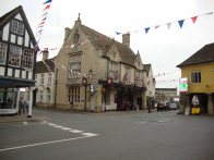 3-The Snooty Fox pub next to the Market House