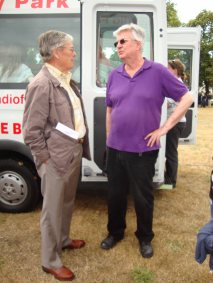 2-Me chatting to Tony Moore, Carnival committee chairman