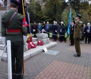 5-Lt Col Dan Rex lays a wreath