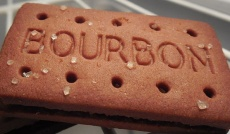 Bourbon_biscuits
