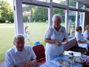 15-Wendy Russell congratulates Trevor Wilcox