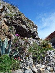 2-Castle built on a rock