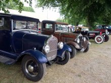 3-Seelction of pre-war cars