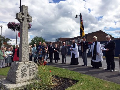 4-Somme service at Lightwater War Memorial