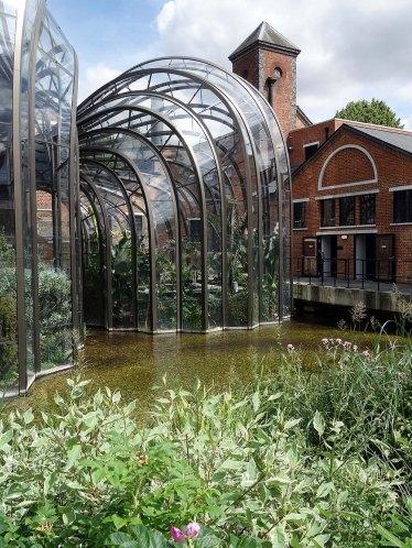 7-Thomas Heatherwick's creation