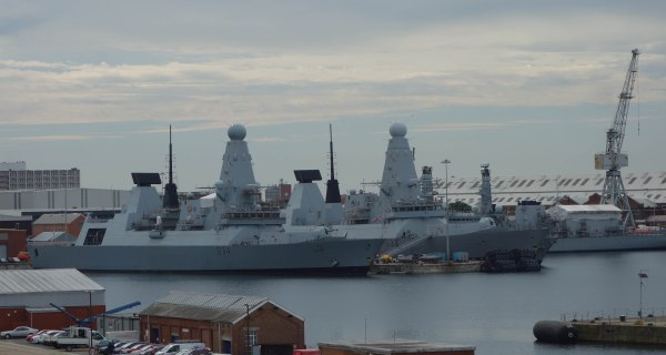 HMS Dauntless & Diamond -
