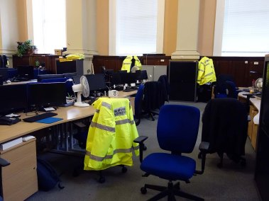 10-desks-in-the-long-room