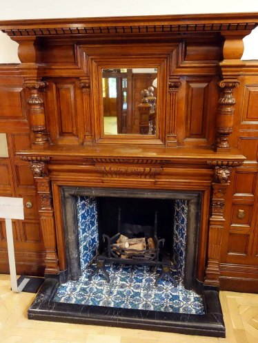 4-hall-fireplace