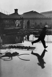 behind-the-gare-st-lazare-1932