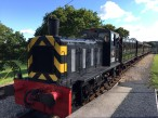 5-our-train-arrives-at-wootton-station