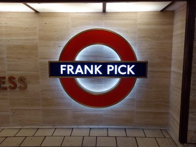 frank-pick-tribute-at-piccadilly-circus-tube-station