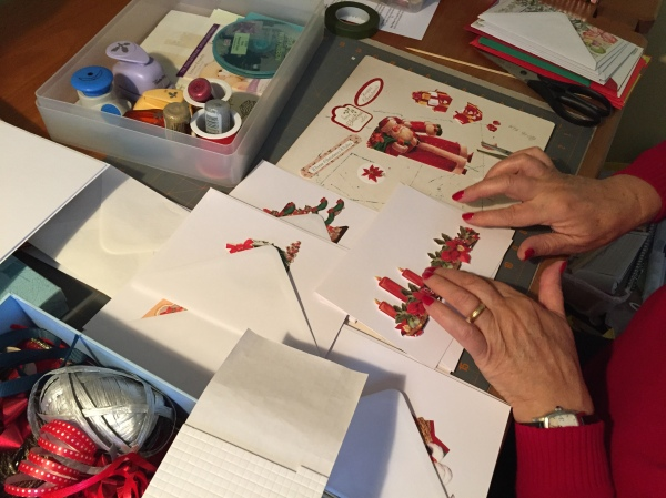 jany-making-christmas-cards