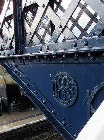 albrighton-station-footbridge_2