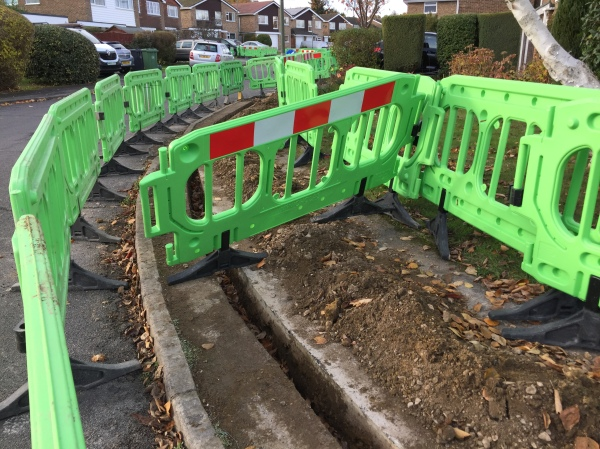 virgin-media-broadband-trench