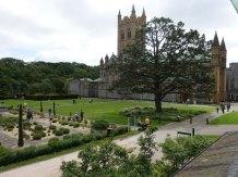 10-Abbey Church gardens