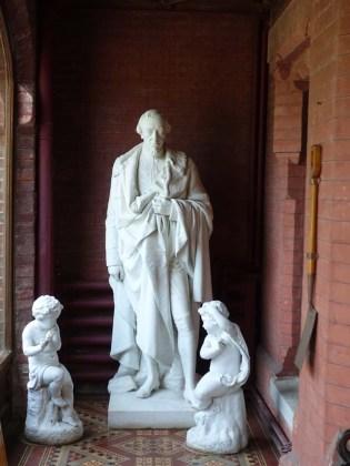3-Home of Benjamin Disraeli