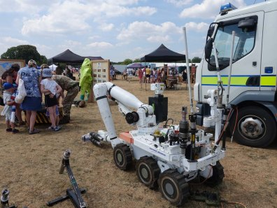 9-Cutlass bomb disposal robot