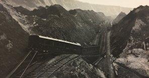 2-Great-Fall-derailed-train