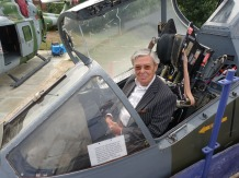 5-Me in cockpit