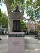 1b-Parliament Square statue