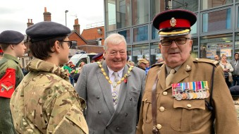 5-The Mayor with FCCC Commandant Major Brendon Cooney MBE