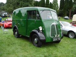 1200px-Morris_Commercial_JB_1957